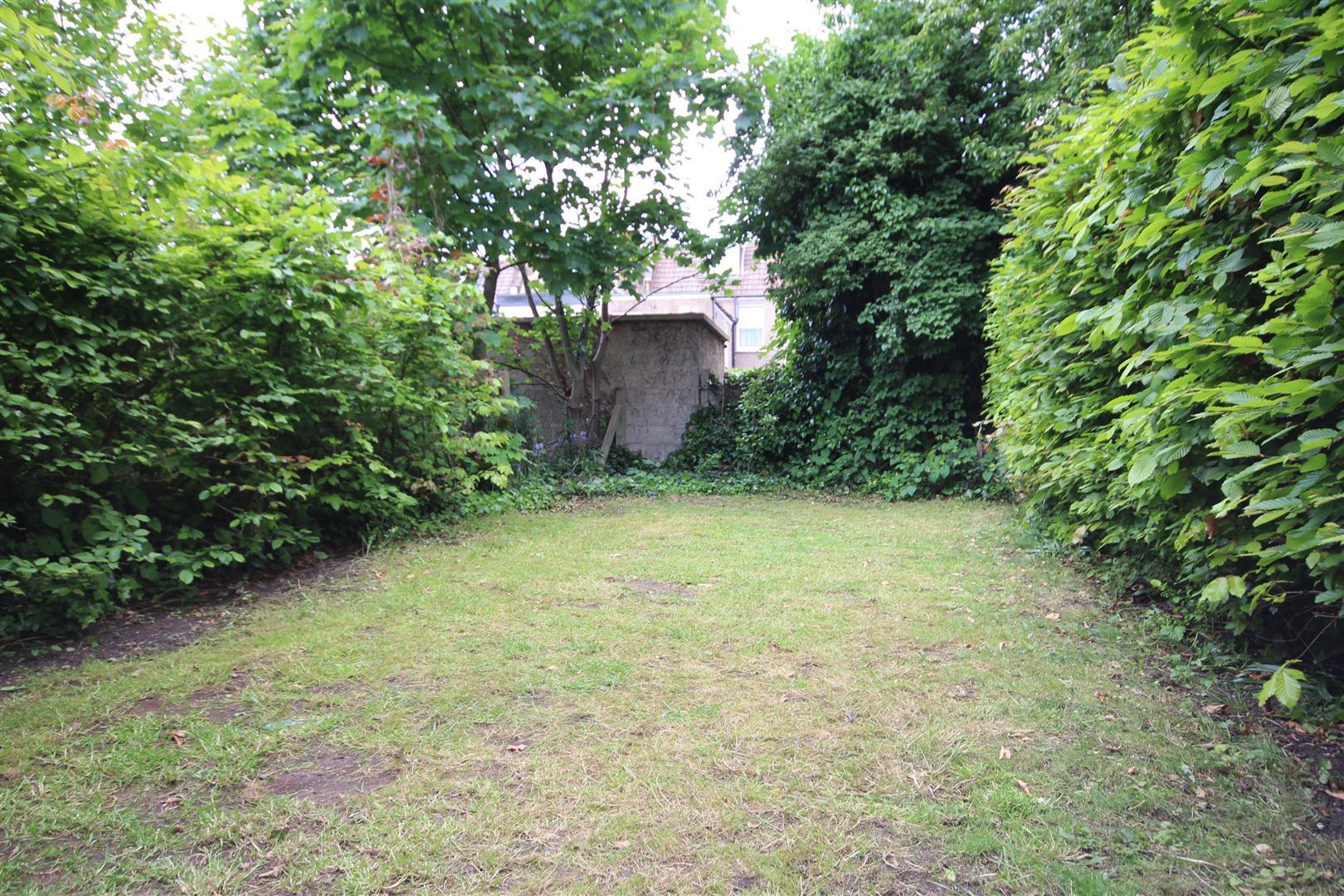 2 Bedrooms Maisonette Flat for sale in Harlesden